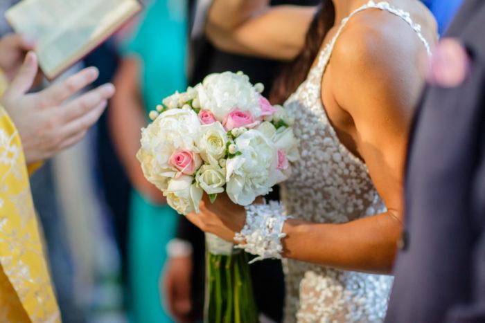 Bridal Bouquet Hypericum Peonies