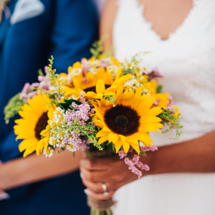 Bridal Bouquet Sunflowers Limonium