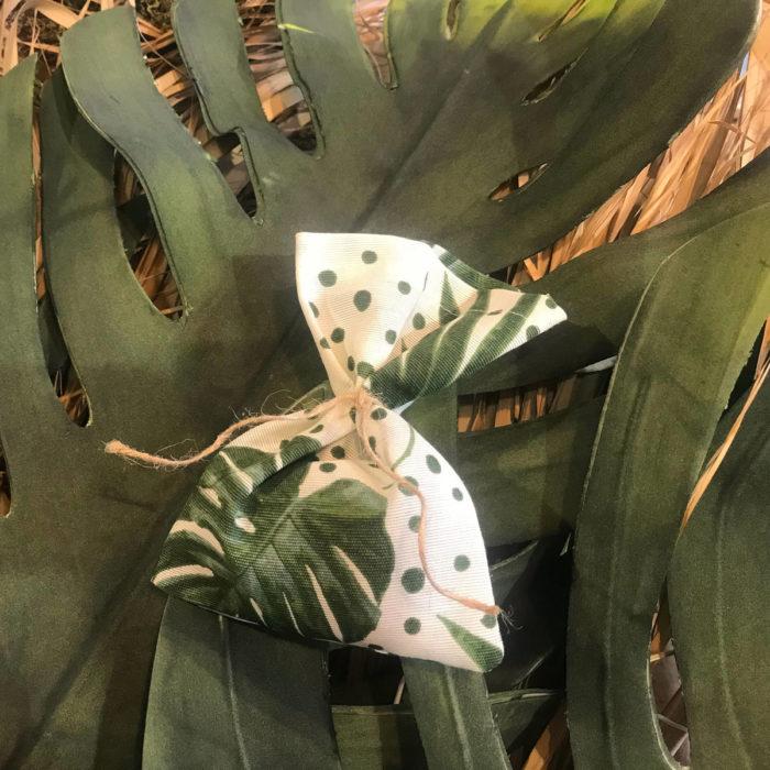 Christening Bomboniera Tropical Leaves
