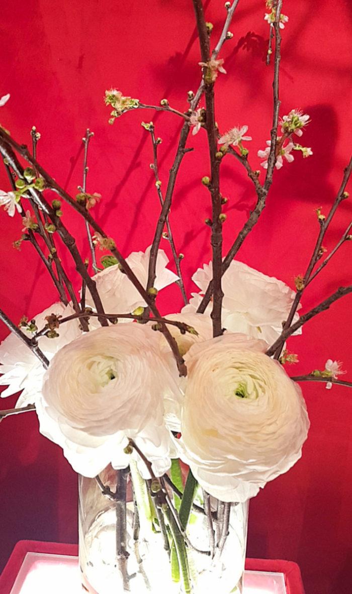 Bouquet Almond Tree & Buttercups