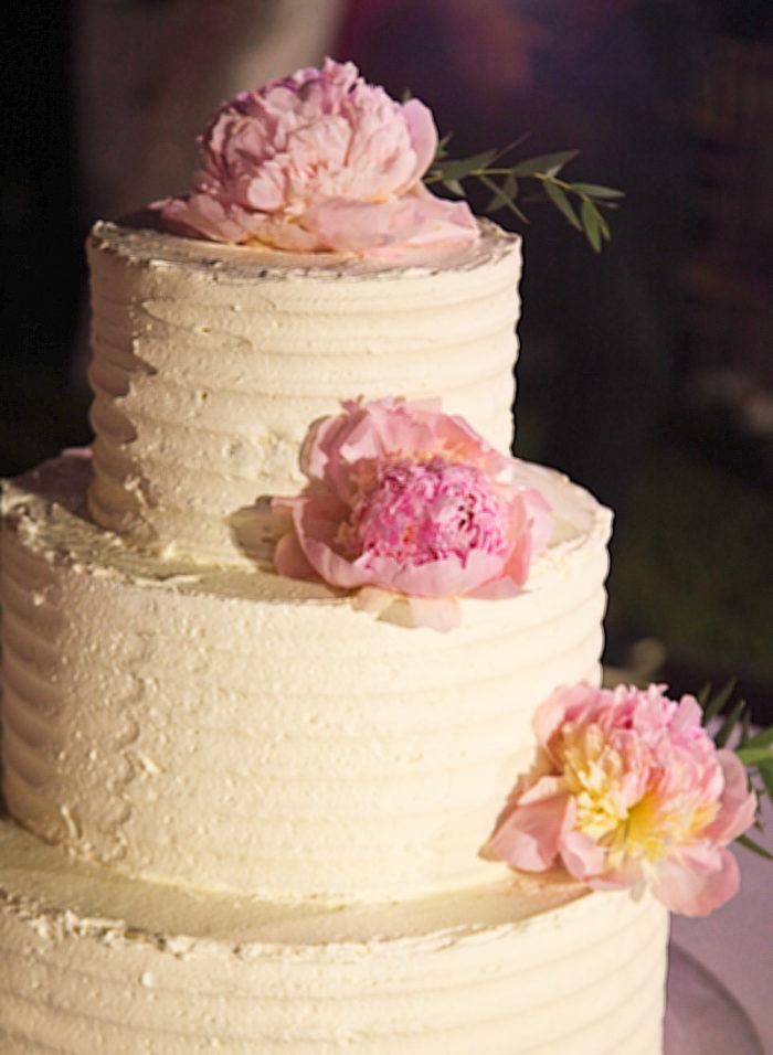 Στολισμός Τούρτας Γάμου Ροζ Παιώνιες
