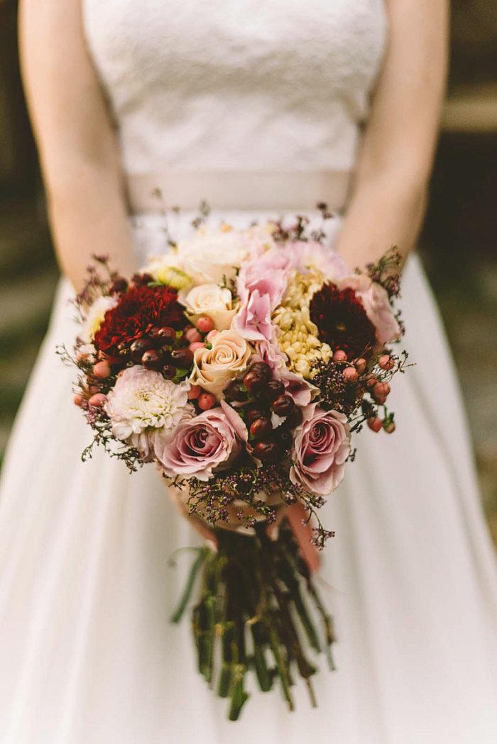 Bridal Bouquet Limonium Roses