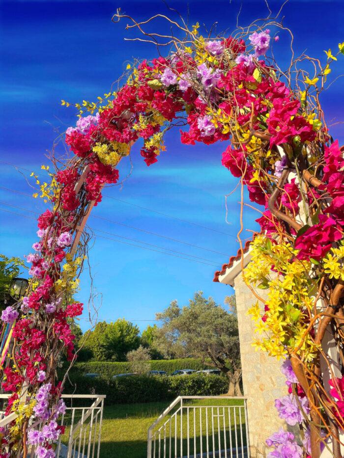 Στολισμός Βάπτισης Αψίδα Λουλούδια Τεχνητά