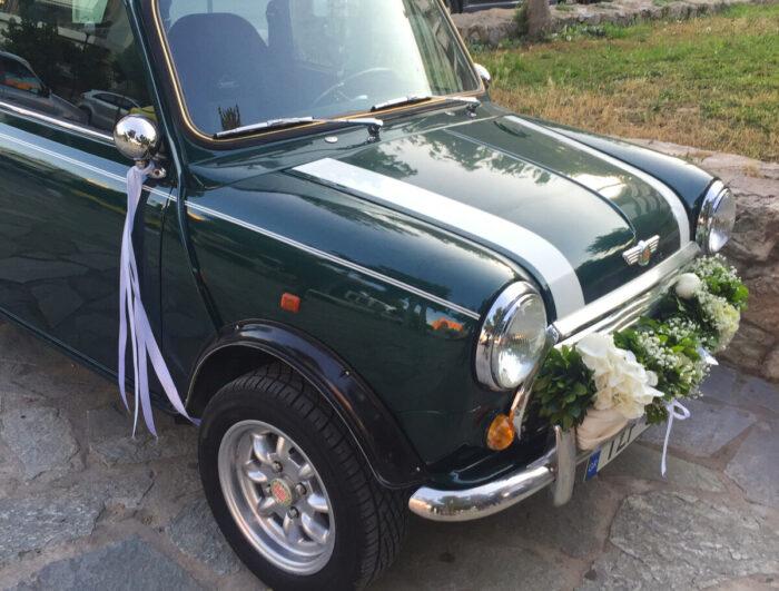 Στολισμός Αυτοκινήτου Γάμου Γιρλάντα Λευκά Λουλούδια