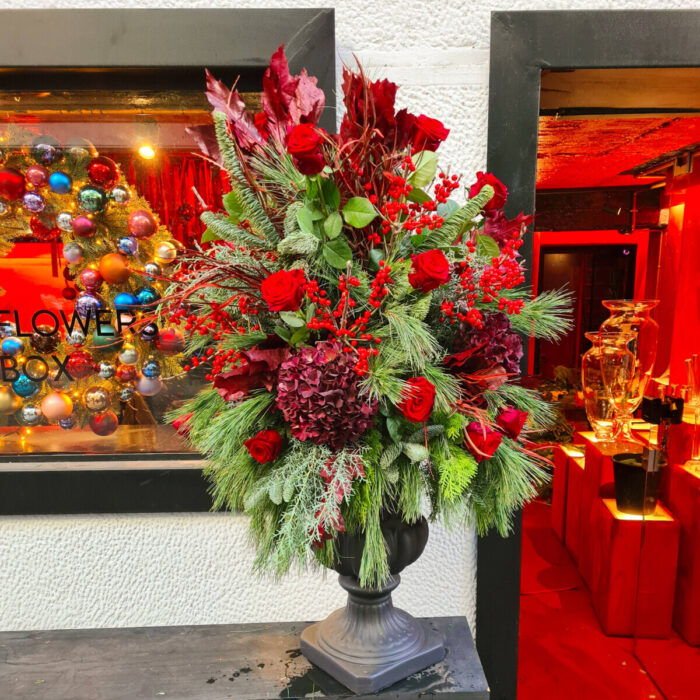 Christmas Arrangement Black Amphora