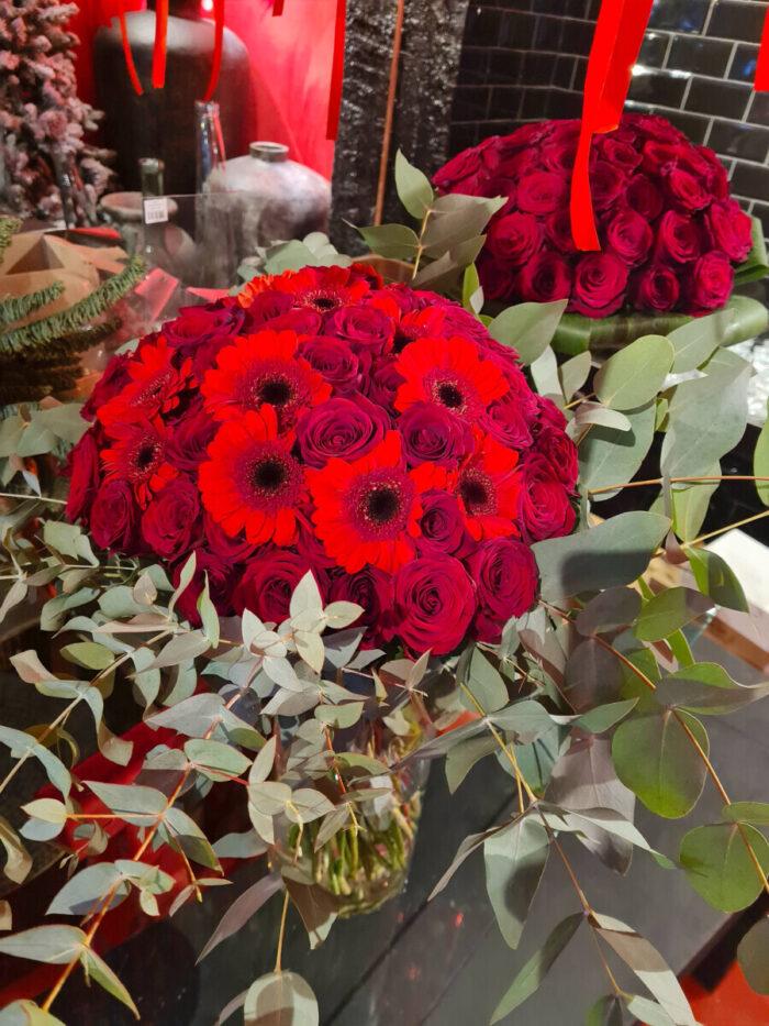 Bouquet Red Roses Gerberas