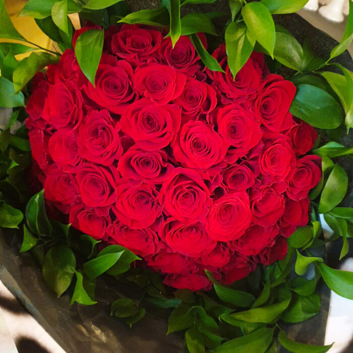 Bouquet Red Roses & Ruscus