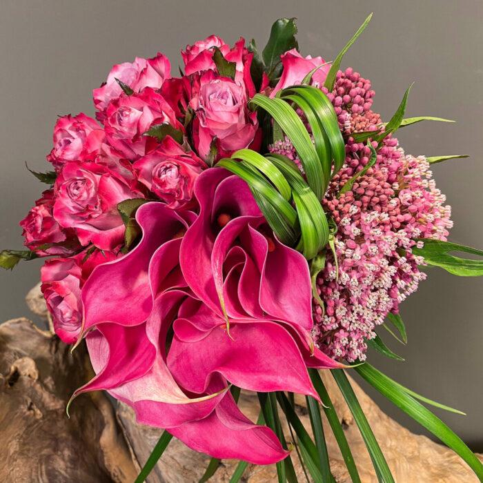 Ανθοδέσμη Γάμου Κάλες Ασκλέπια Τριαντάφυλλα Γκρας