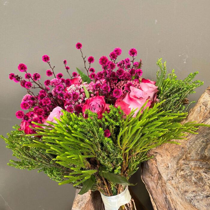 Ανθοδέσμη Γάμου Φούξια Τριαντάφυλλα Stillingia Ασκλέπια