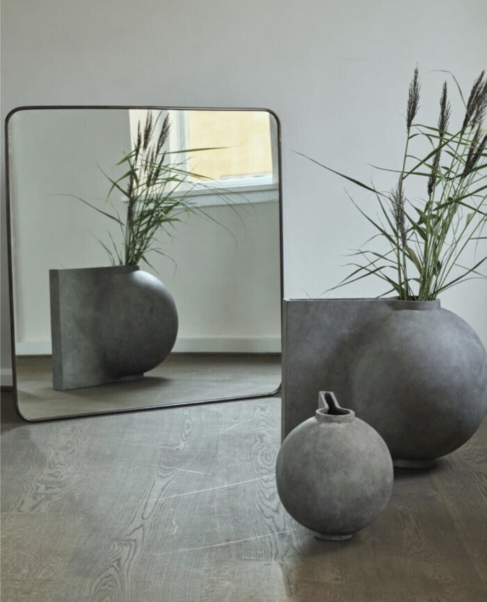 Dining Room Decoration Design Vases Grey